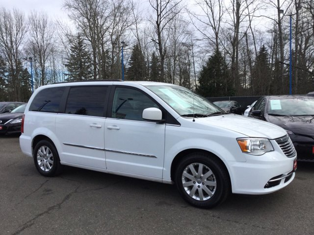 Used 2015 Chrysler Town and Country 4dr Wgn Touring