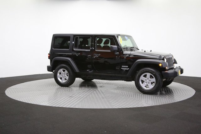 2016 Jeep Wrangler Unlimited 124726 42