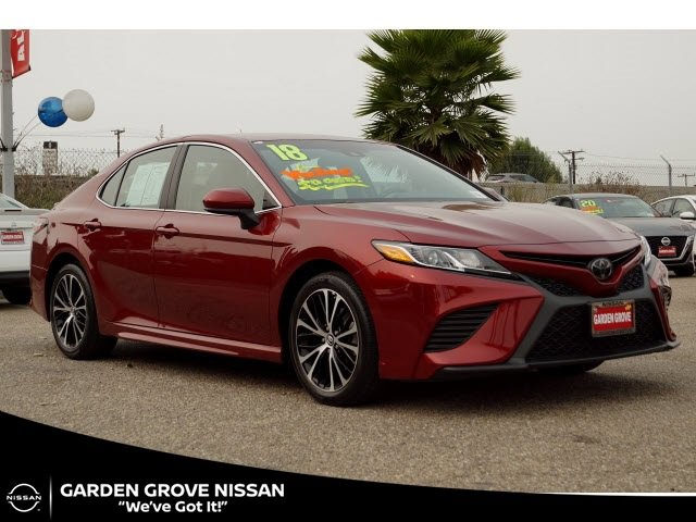 2018 Toyota Camry SE SE Auto Regular Unleaded I-4 2.5 L/152 [1]
