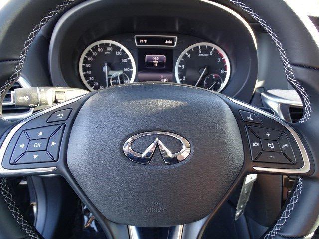 New 2017 Infiniti QX30 Premium AWD