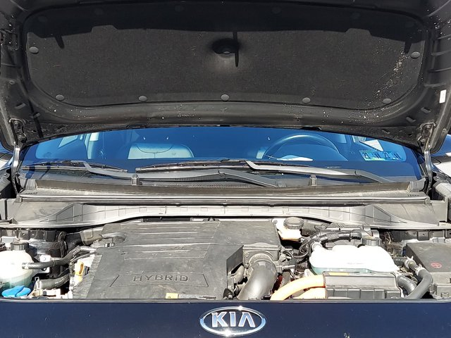 Used 2017 Kia Niro Touring Launch Edition FWD