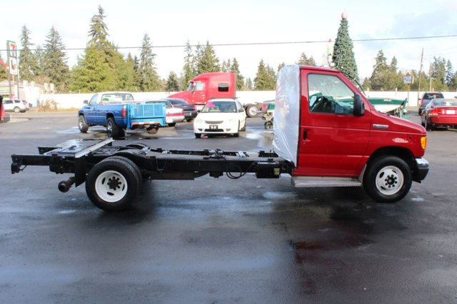 Used 2006 Ford Econoline Commercial Cutaway E 450 SD 2dr Commercial-Cutaway-Chassis 158 176 in. WB