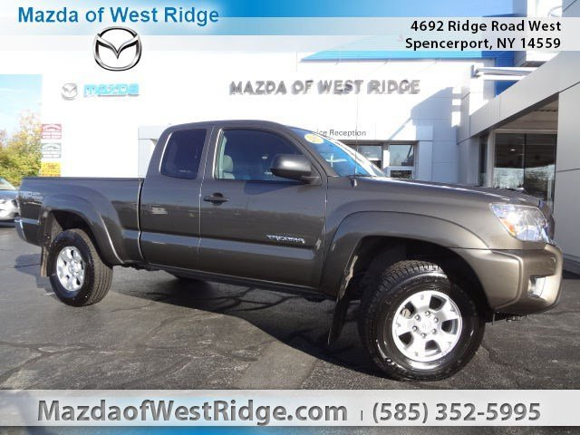 2015 Toyota Tacoma at Transitowne Resale Center of Amherst