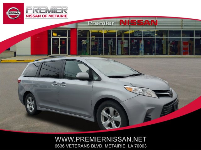 Used 2018 Toyota Sienna in , LA