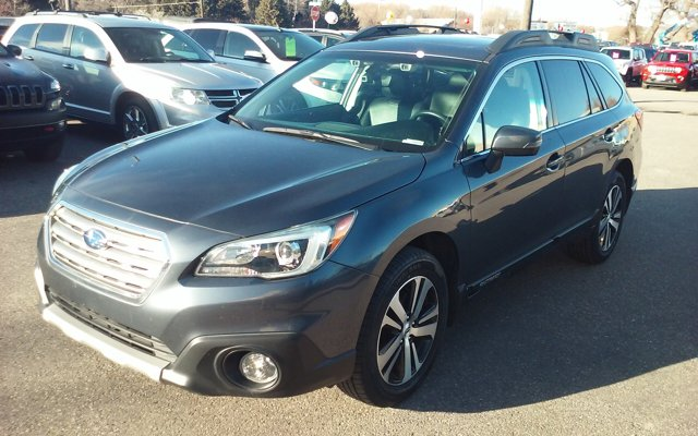 2017 Subaru Outback Limited photo