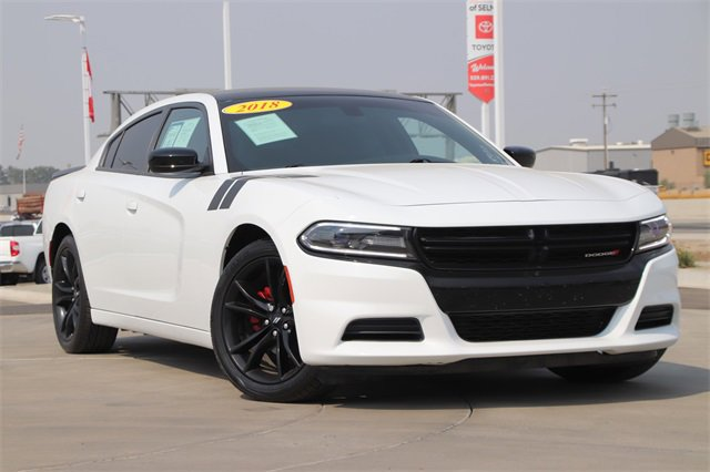 2018 Dodge Charger SXT SXT RWD Regular Unleaded V-6 3.6 L/220 [1]