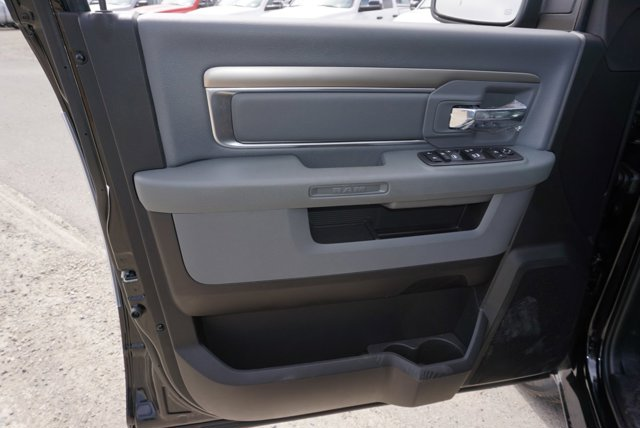 New 2019 Ram 1500 Classic Warlock 4x4 Quad Cab 6'4 Box