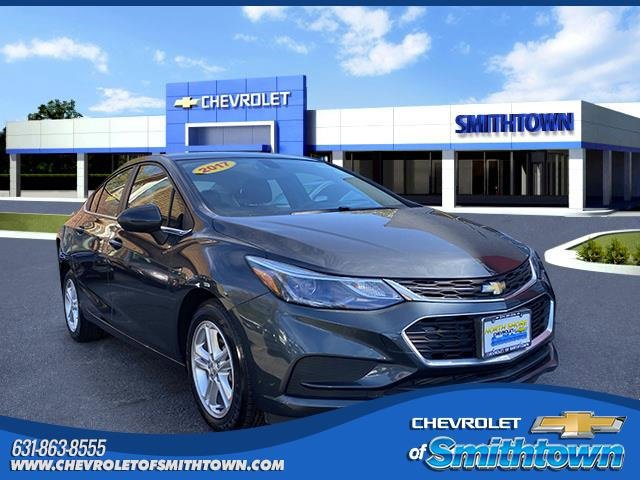 2017 Chevrolet Cruze LT 4dr Sdn 1.4L LT w/1SD Turbocharged Gas I4 1.4L/ [4]