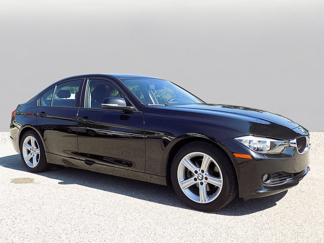 Pre-Owned 2013 BMW 3 Series 328i xDrive