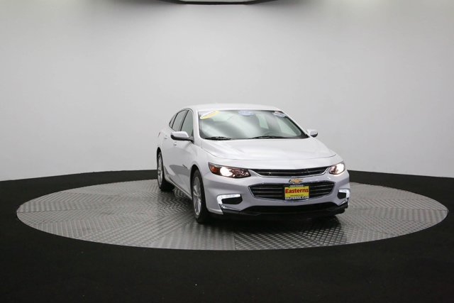 2017 Chevrolet Malibu for sale 124683 45