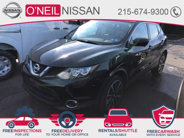 2017 Nissan Rogue Sport SL FWD SL Regular Unleaded I-4 2.0 L/122 [9]