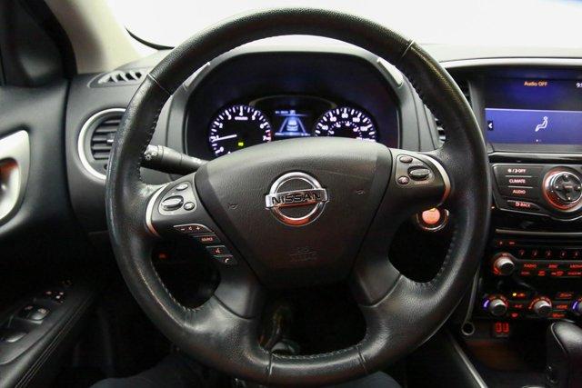 2018 Nissan Pathfinder for sale 121327 9