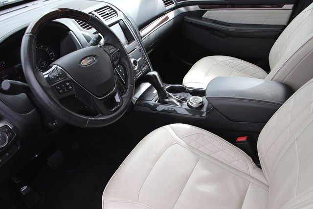 Used 2018 Ford Explorer Platinum 4WD