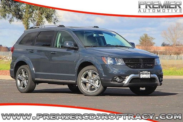 2017 Dodge Journey JCDR49 Crossroad Automatic Bruiser Gray Clearcoat Black Front Wheel Drive P