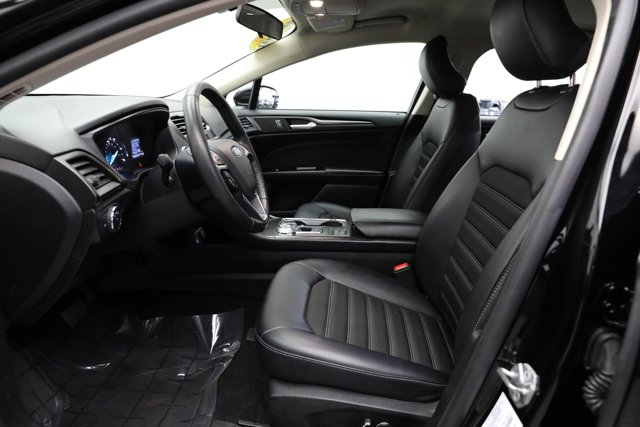 2018 Ford Fusion Hybrid for sale 124604 12
