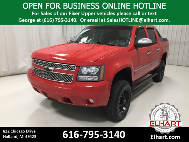 Used 2010 Chevrolet Avalanche in Holland, MI