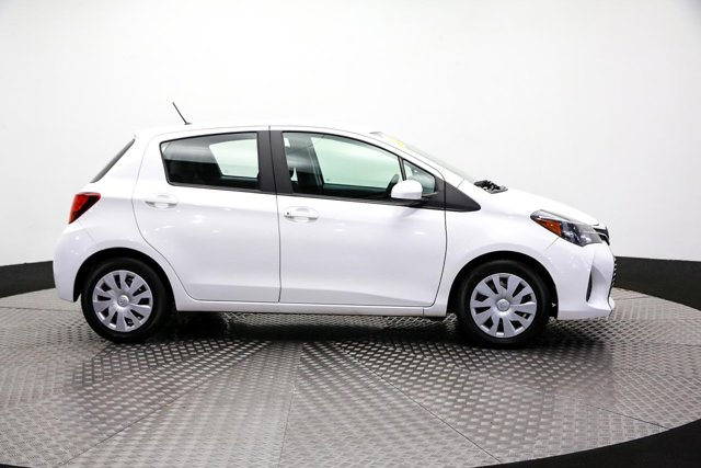 2017 Toyota Yaris for sale 121901 3