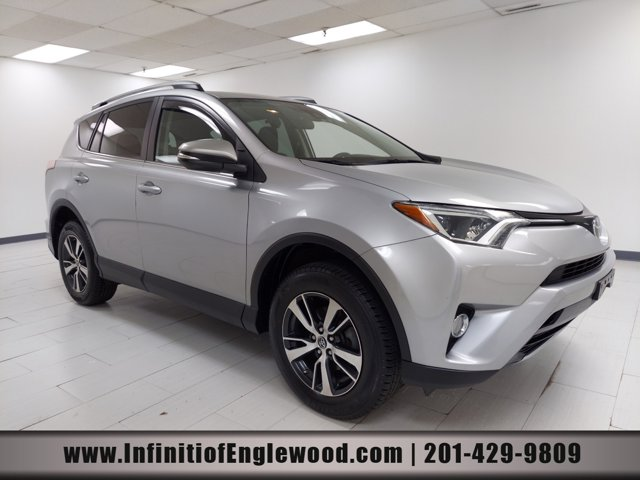 2017 Toyota RAV4 XLE XLE AWD Regular Unleaded I-4 2.5 L/152 [0]