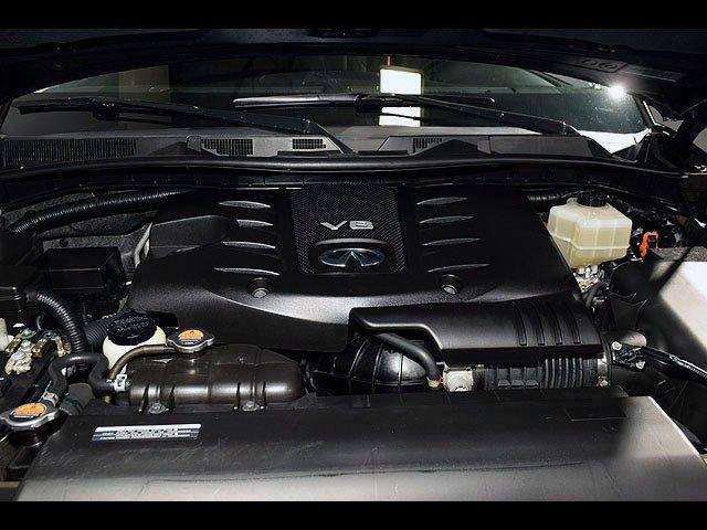 2015 INFINITI QX80 Driver Assist 8 Passenger AWD Navigation 32