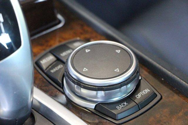 2015 BMW 7 SERIES 740Li 23