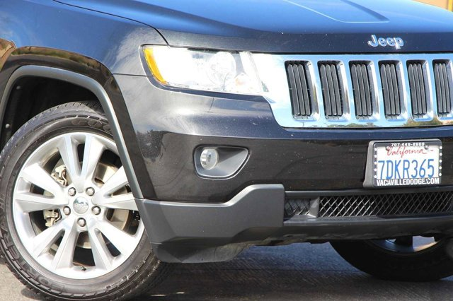 2012 Jeep Grand Cherokee Laredo 1
