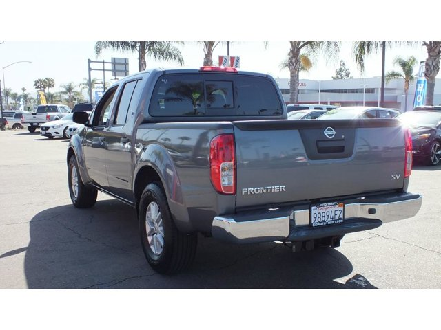 2017 Nissan Frontier SV 4DR 2WD