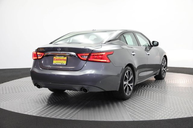 2017 Nissan Maxima for sale 124639 4
