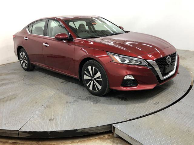 New 2019 Nissan Altima in Indianapolis, IN