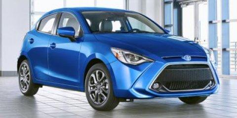 2020 Toyota Yaris XLE Auto