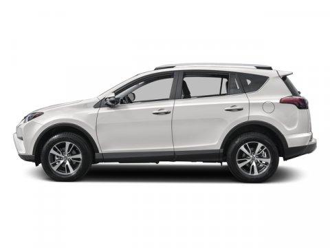 New 2017 Toyota RAV4 XLE FWD