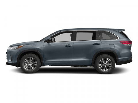 New 2018 Toyota Highlander LE V6 FWD