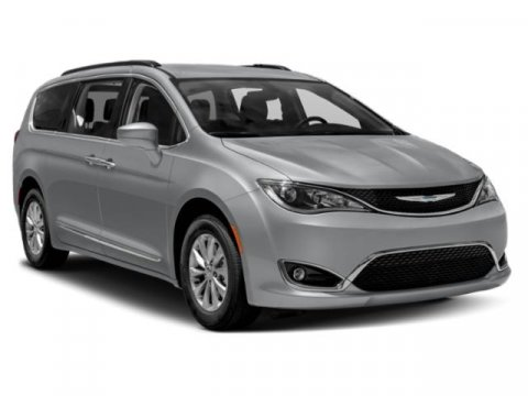 Used 2018 Chrysler Pacifica Touring L