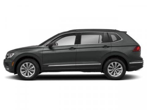 Used 2018 Volkswagen Tiguan SE