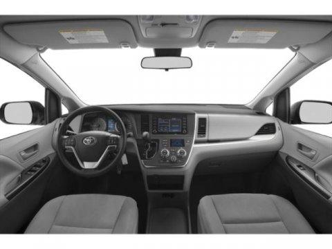 New 2019 Toyota Sienna SE AWD 7-Passenger