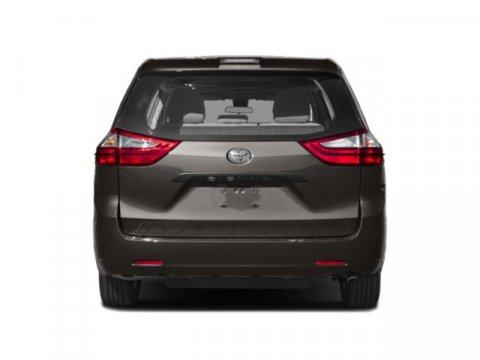 2020 Toyota Sienna SE FWD 8-Passenger