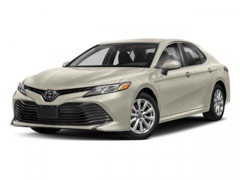 New 2018 Toyota Camry XLE Auto
