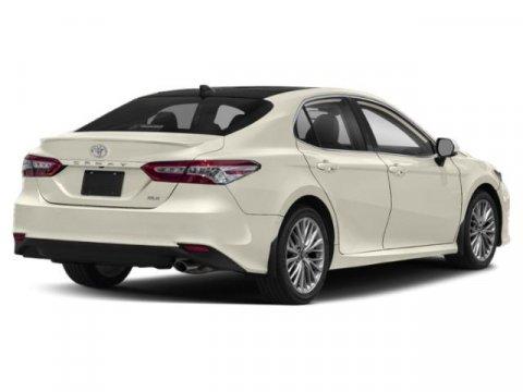 2020 Toyota Camry XLE Auto
