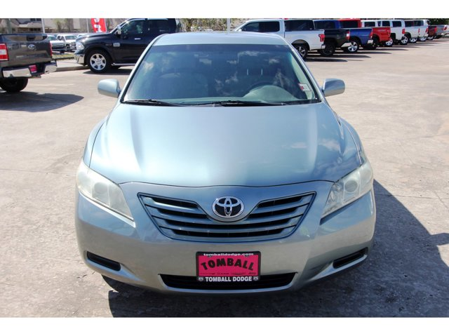 2009 Toyota Camry LE Magnetic Gray MetallicAsh V4 24L 5-Speed 105610 miles Grab a deal on this