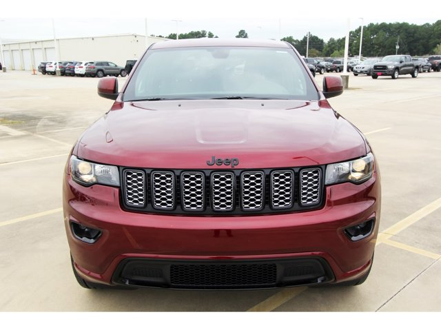 2020 Jeep Grand Cherokee Altitude Velvet Red PearlcoatBlack V6 36 L Automati