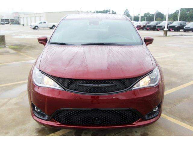 2020 Chrysler Pacifica Touring Velvet Red PearlcoatBlack V6 36 L Automatic 9 miles 2020 Chrysl