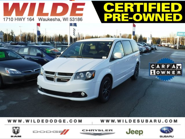 2017 Dodge Grand Caravan GT White Knuckle ClearcoatBlack V6 36 L Automatic 29672 miles Backed