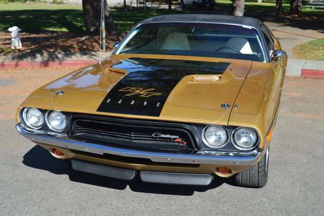 1972 Dodge Challenger --: 1972 Dodge Challenger  Gold   Automatic 84,429 Miles