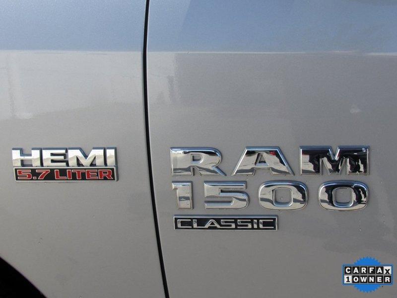 2019 Ram 1500 SLT 4D Crew Cab