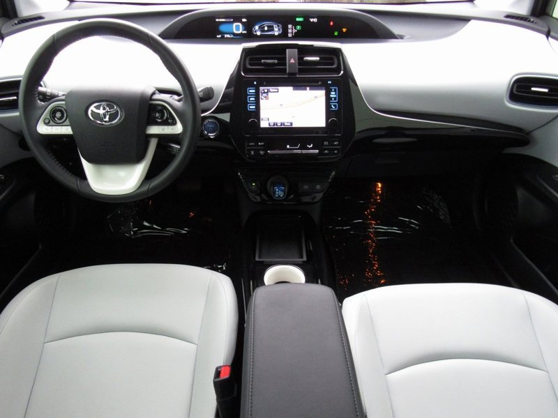 2016 Toyota Prius Three Touring 5D Hatchback