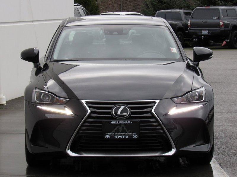 2017 Lexus IS 300 4D Sedan