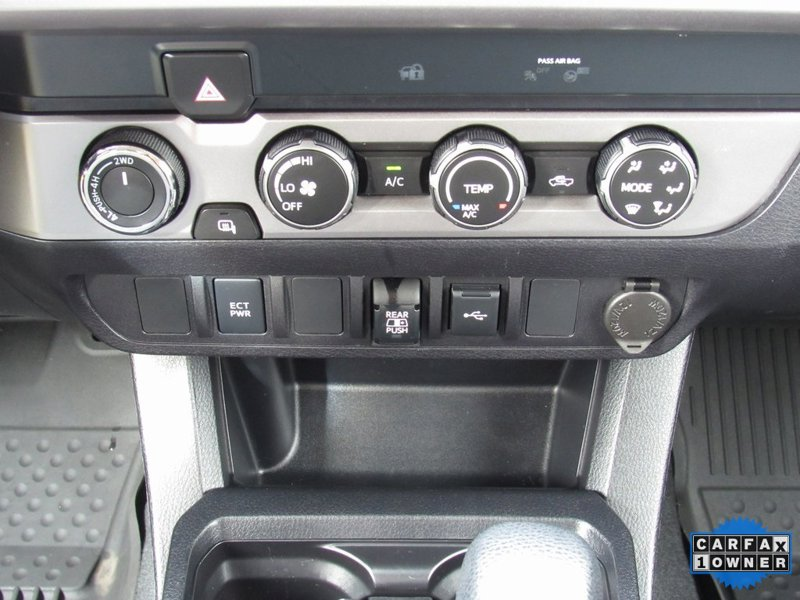 2020 Toyota Tacoma SR 4D Double Cab
