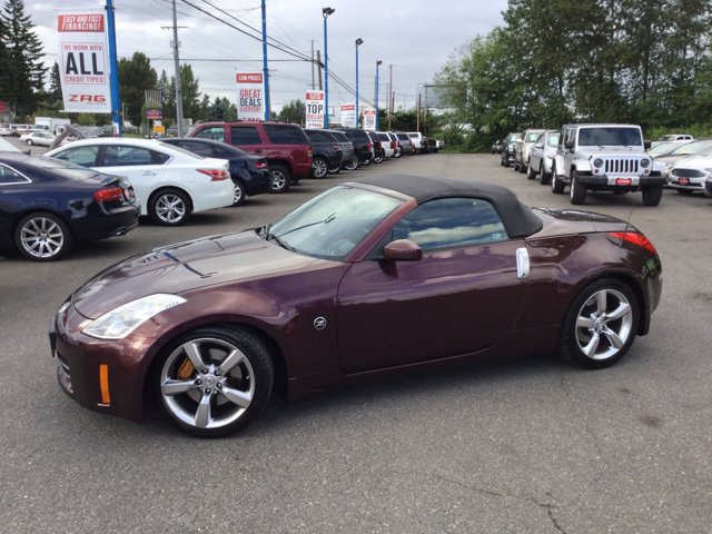 2006 Nissan 350Z 2dr Roadster Touring Auto CD Player CD Changer