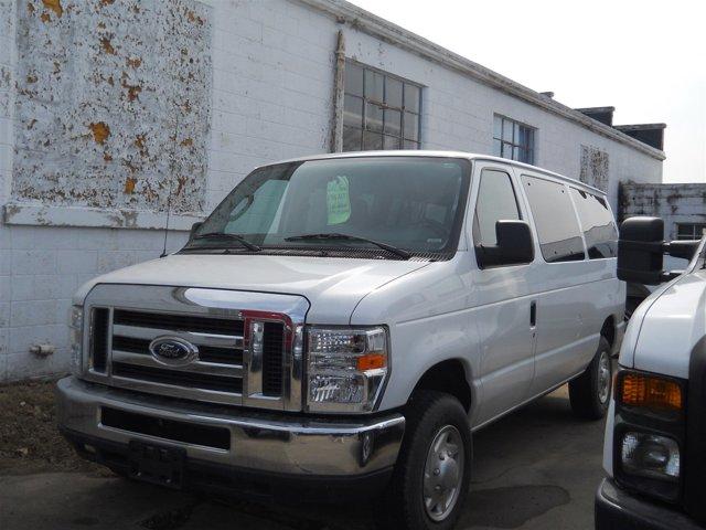 2012 Ford Econoline Wagon E-350 Super Duty XLT WHITE