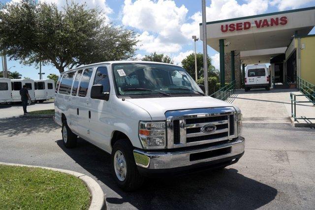 2010 Ford Econoline Wagon E-350 Super Duty Ext XL OXFORD WHITE