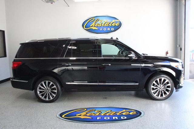 2020 Lincoln Navigator L Reserve 4x4 AM/FM Stereo